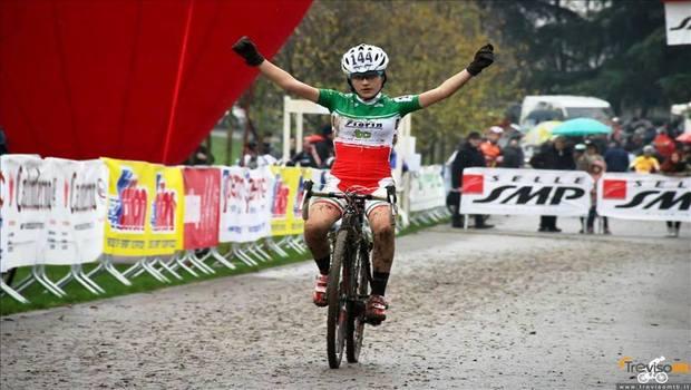 Alessandra Grillo vittoriosa al ciclocross di Brugherio 2°prova circuito nazionale SMP master cross 2014/15