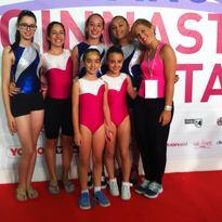 Le ginnaste della Polisportiva Celle alla Ginnastica in Festa accompagnate dalla loro allenatrice Cecilia.