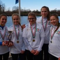 Campionati Italiani di tipo regolamentare – Titolo Italiano alla GIG femminile ragazze, alla jole 4 junior maschile ed alla jole 8 seniores.