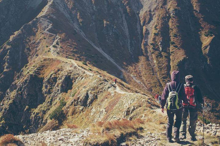 Il viaggio dell'eroe: genitori e adolescenza in cammino